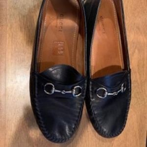GUCCI LEATHER DRIVING LOAFER SIZE 39.5